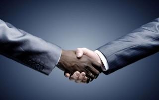Apretón de manos, trust business concept
