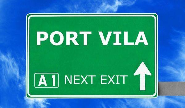 Señalización hacia Port Vila, Vanuatu