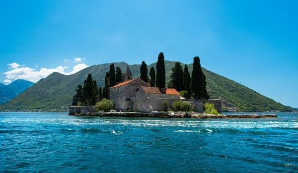 Laszlo Kiss: entrevista sobre el segundo pasaporte de Montenegro
